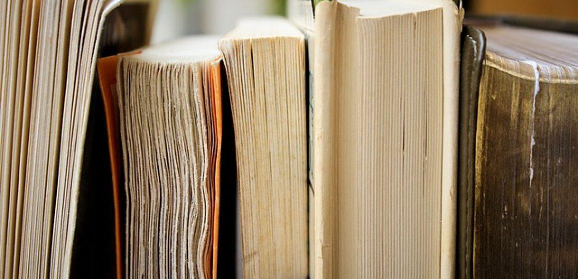 books-1850645_640
